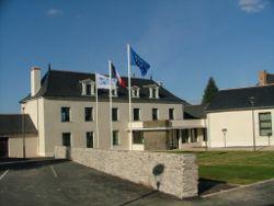 Mairie_facade_sud.JPG